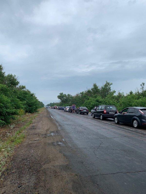 «Курорт строгого режима»: на въезде в Седово километровые очереди, - ФОТО, фото-1