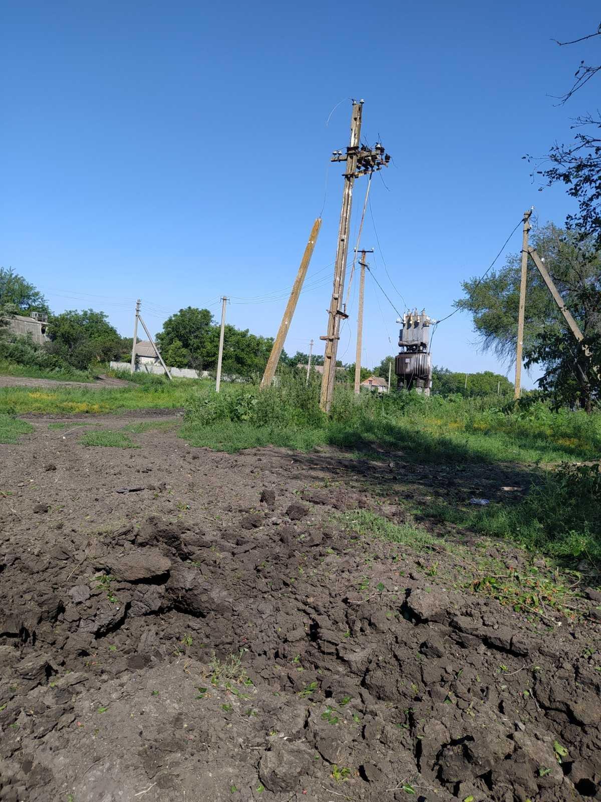 Оккупанты обстреляли Тарамчук: повреждены три дома и трансформатор, - ФОТО , фото-3