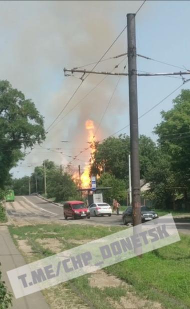 В оккупированном Донецке сильный взрыв и пожар, - ФОТО, фото-3