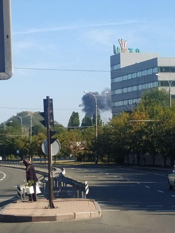 Крупный пожар в Донецке: горит цех по производству воды, - ФОТО, фото-3